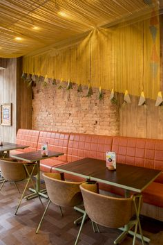 Nando's Restaurant, Rustic Restaurant, Restaurant Interior Design, Cafe Interior, Shop Interior Design, Interior Exterior, Store Design, Mild Steel Sheet, Cafe Industrial