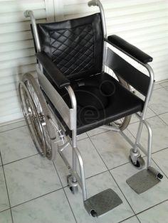 ΑΜΑΞΙΔΙΟ Αναπηρικό καροτσάκι ελαφριού τύπου πτυσσόμενο, με τουαλέτα, δερμάτινη ταπετσαρία αδιάβροχη που πλένεται, τιμή 100€ , 07:00-20:00