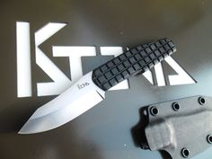 Collectible Knives, Swords, Blades, Armors & Accessories for sale Tactical Pocket Knife, Tactical Knife, Tomahawk Axe, Military Knives, Collectible Knives, Skinning Knife, Neck Knife, Glass Breaker, Throwing Knives