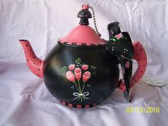 old tea pot, painted by Bonnie