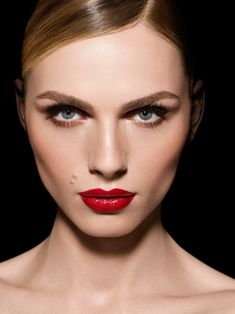 "Andreja Pejić for ""Make up For Ever"" showing one of the looks of the Fall 2015 Collection."