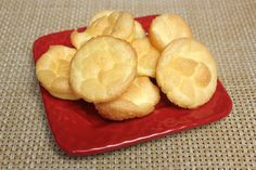 Make with your hands: Dinner Rolls Done Right! (grain free) or sandwich bread...do not use splenda, use truvia (stevia)