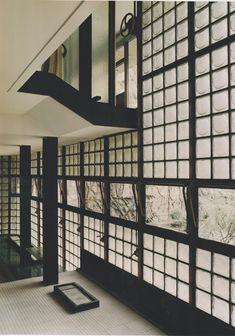 Expressed Structure brings a wonderful modern aesthetic! Pierre Chareau, La Maison De Verre, 1928-32