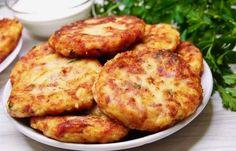 Șnițele în crustă de cartofi - Se pregătesc la fel de simplu, dar crusta de cartofi e deosebită Slovak Recipes, Vegan Recipes, Cooking Recipes, Czech Recipes, Cordon Bleu, Tandoori Chicken, Baked Potato, Mashed Potatoes, Dessert Recipes