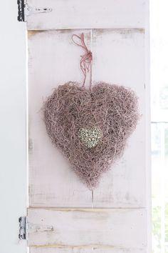 Spanish moss heart