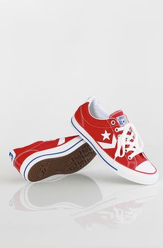 Converse Star Player EV kengät Varsity Red/White 69,90 € www.dropinmarket.com