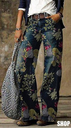 Fashion Pants, Boho Fashion, Fashion Outfits, Womens Fashion, Floral Print Pants, Printed Pants, Denim Ideas, Boho Kimono, Vintage Jeans