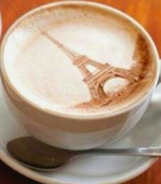 Latte art :*¨¨*:Coffee♥Art:*¨¨*: Paris Coffee Latte Art, I Love Coffee, Coffee Break, My Coffee, Coffee Drinks, Coffee Shop, Coffee Cups, Coffee Lovers, Paris Coffee
