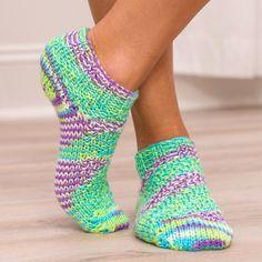 Shorty Socks Pattern Kit - Includes Yarn, Pattern & Loom!