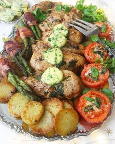 Couer de filét chicken – Lindas Bakskola Food In French, Cooking Recipes, Healthy Recipes, Party Food And Drinks, Filets, Thanksgiving Recipes, Food Inspiration, Love Food, Carne