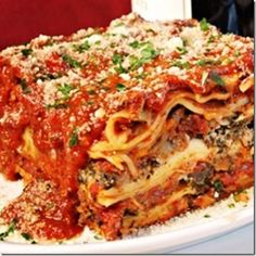 1000 images about all types of lasagna on pinterest for Different kinds of lasagna recipes