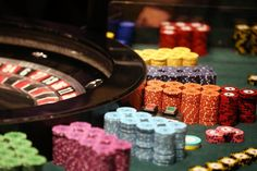 Her får du en fullstendig oversikt over ulike casino bonuser du kan gjøre krav på, samt hvilke vilkår som er gjeldende.