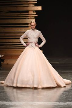 Ezra Runway Show at Dubai Fashion Forward
