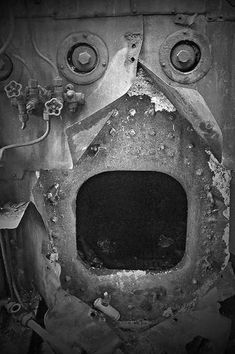 I See Faces Here and There