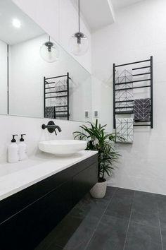 Monochrome marble bathroom design