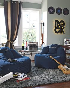 Creative Music Bedroom Design Ideas That Suitable For Musician Teen Lounge Rooms, Teen Boy Rooms, Oversized Bean Bag Chairs, Game Room Chairs, Lounge Chairs, Music Bedroom, Hangout Room, Teen Hangout, Teen Furniture