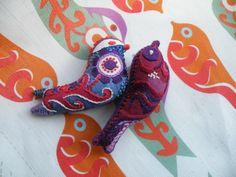 Sweet little embroidery birdies!