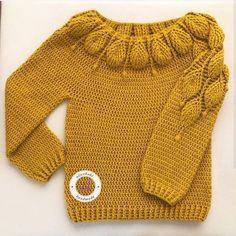 Hardal sarısıda sonunda bitti🤩🤩🤩 Çok severek giyeceğim farklı renk… The mustard is yellow at the end dikkat I had two sweater of different colors to wear with a lot of love. Crochet Jumper, Crochet Coat, Crochet Jacket, Crochet Cardigan, Bead Crochet, Crochet Clothes, Crochet Baby, Pull Bebe, Baby Pullover