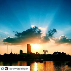 #Repost @beckycgrainger with @repostapp Get featured by tagging your post with #talestreet The beautiful sunset over the Phnom Pehn skyline yesterday evening aboard the Aqua  Mekong. Just spectacular! #travel #traveling #travelgram #instatravel #instagood #instalike #instalove #beautiful #landscape #clouds #sunset #holiday#vsco #vscocam #light #explore #adventure #nature #reflection #photooftheday #sky #twitter