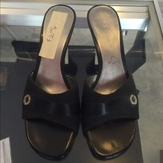 Anne Klein shoes Excellent used condition Anna Klein shoes Anne Klein Shoes