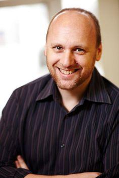 David Cage est le directeur du Studio Quantic Dream est le créateur du jeu Beyond, Two Souls.