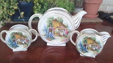 Vintage Sadler Somerset Cottage Tea Set.Teapot, crema y azúcar Cuenco