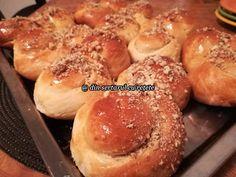 DIN SERTARUL CU REȚETE: Sirene cu miere și nucă Baked Potato, Pizza, Potatoes, Baking, Ethnic Recipes, Food, Bread Making, Patisserie, Potato