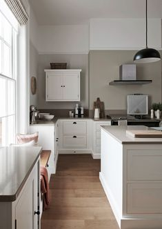 Made-to-measure timber cabinetry for classic and contemporary kitchens. Explore what lies behind a Neptune kitchen online or in-store. Home Decor Kitchen, Interior Design Kitchen, Country Kitchen, Home Kitchens, Luxury Kitchens, Open Plan Kitchen, New Kitchen, Kitchen Dining, Dining Room