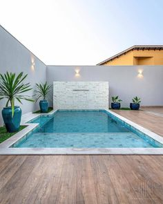 Small Indoor Pool, Small Backyard Pools, Small Pools, Swimming Pools Backyard, Swimming Pool Designs, Pool Landscaping, Backyard Patio, Apartment Backyard, Small Pool Design
