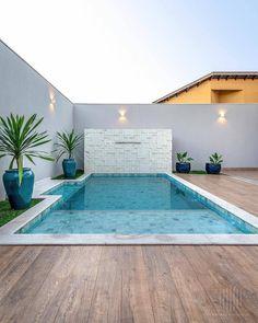 Small Indoor Pool, Small Backyard Pools, Small Pools, Swimming Pools Backyard, Swimming Pool Designs, Pool Landscaping, Backyard Patio, Apartment Backyard, Small Pool Design
