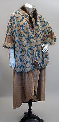 c. 1914 Camel and Blue Damask Chiffon and Velvet Opera Coat