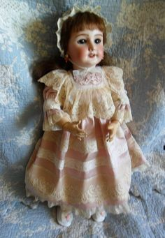 Gorgeous! Natural silk outfit for a 301 Jumeau french doll, handmade in antique fabrics and laces