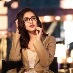Media by shraddha_kapoor_ssk: Glam. Rocks look w. Bollywood Stars, Bollywood Girls, Bollywood Fashion, Bollywood Quotes, Bollywood Pictures, Indian Bollywood, Shraddha Kapoor Instagram, Shraddha Kapoor Cute, Beautiful Bollywood Actress