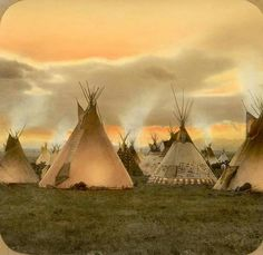 Blackfoot camp, around 1900 Montana