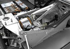 BMW i3에 탑재된 배터리와 모터. 출처=BMW