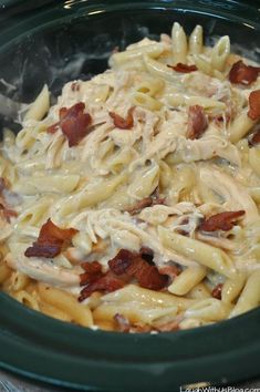 Bacon Ranch Chicken Penne Pasta for the Slow Cooker Bacon. Bacon Ranch Chicken Penne Pasta for the Slow Cooker Bacon Ranch Chicken Penne Pasta for the Slow Cooker Slow Cooker Bacon, Crock Pot Slow Cooker, Slow Cooker Recipes, Cooking Recipes, Crockpot Recipes Pasta, Easy Crockpot Meals, Pasta Recipes For Two, Bacon Recipes For Dinner, Slow Cooker Pasta