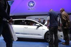 Escándalo ha socavado a Volkswagen en Estados Unidos, y ya se extendió a su mercado de Europa, después de que la compañía dijera haber trucado coches.