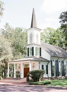 This Montage Palmetto Bluff Wedding Exudes Southern Elegance & Charm