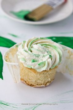 basil lemon blueberry cupcakes - 18