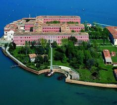 Stayed at San Clement Palace in Venice, Italy. My absolute favorite place I have EVER been!!! !