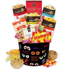 Choc o lantern halloween gift basket veille de la toussaint et cheese straws gluten free sticks traditional cheddar gourmet snacks in a 16 oz gift tin from nomnom delights classic cheddar negle Image collections