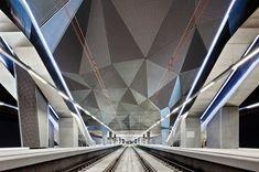 Abalos & Sentkiewicz  Estación de alta velocidad de Logroño (Spain) 2006-2012  La estación sirve como punto de arranque de un nuevo proyecto urbano que…