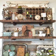 DIY shelves & shabby chic vintage decor