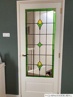 FOAK D1-132 maatwerk binnendeur D1, Bathroom Medicine Cabinet, Mirror, Home Decor, Decoration Home, Room Decor, Mirrors, Home Interior Design, Home Decoration