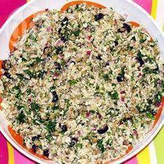 Salade de lentilles à la menthe et au fromage feta @ qc.allrecipes.caIngrédients                               Portions: 8                                                           1 1/4 tasse de pâtes orzo                                               6 c. à soupe d'huile d'olive, divisée                                               3/4 tasse de lentilles brunes, sèches, rincées et égouttées                                               1/3 tasse de vinaigre de vin rouge…