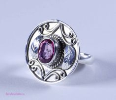 Artisan crafted sterling silver Balinese ring by RetroRecyclables