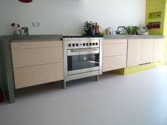 Keuken met betonnen blad. Meubelmaker Dé Osse uit Utrecht.