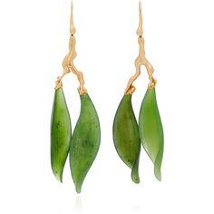 Lucifer Vir Honestus Jade Leaf Earrings (280.050 RUB) ❤ liked on Polyvore featuring jewelry, earrings, green, green jade earrings, jade jewelry, green earrings, earring jewelry and lucifer vir honestus