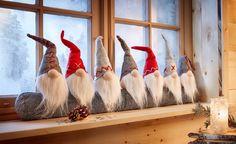Bekijk nu:Grappige tochtrol met 7 kabouters voor koude winterdagen. Met leuke details op de verschillende puntmutsen. Beschermt uw huis tegen onaangename koude lucht. Gewoon voor de deur of het raam leggen. Afmetingen: lxh ca. 95x35cm.