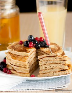 pancakes integrali con yogurt greco - whole wheat greek yogurt pancakes